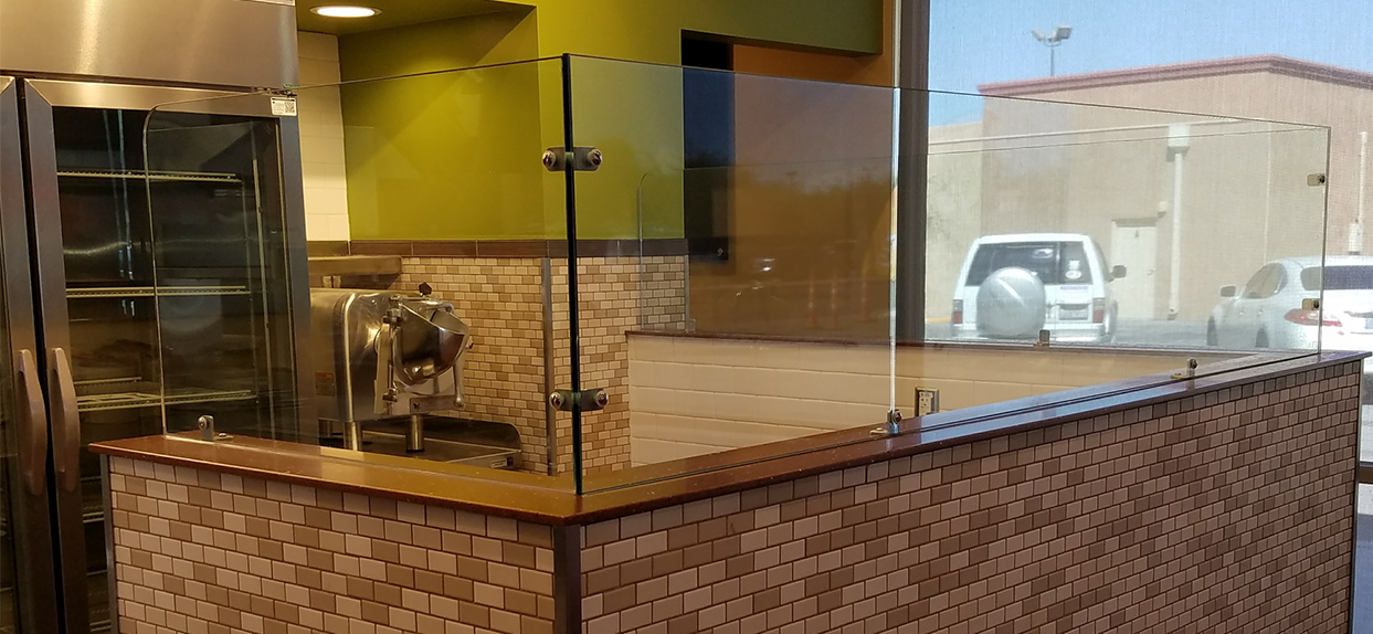 Del Taco Vertical Glass by American Custom Sneeze Guards